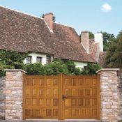 Portail cebron en bois et pierre | Sonnier, Menuiserie, Panneaux, Bois | Isère (38), Drôme (26), Ardèche (07)