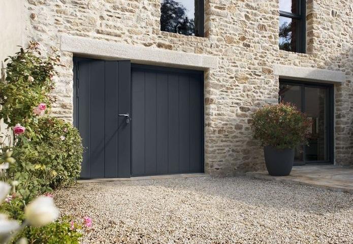 Porte garage noviso noir | Sonnier, Menuiserie, Panneaux, Bois | Isère (38), Drôme (26), Ardèche (07)
