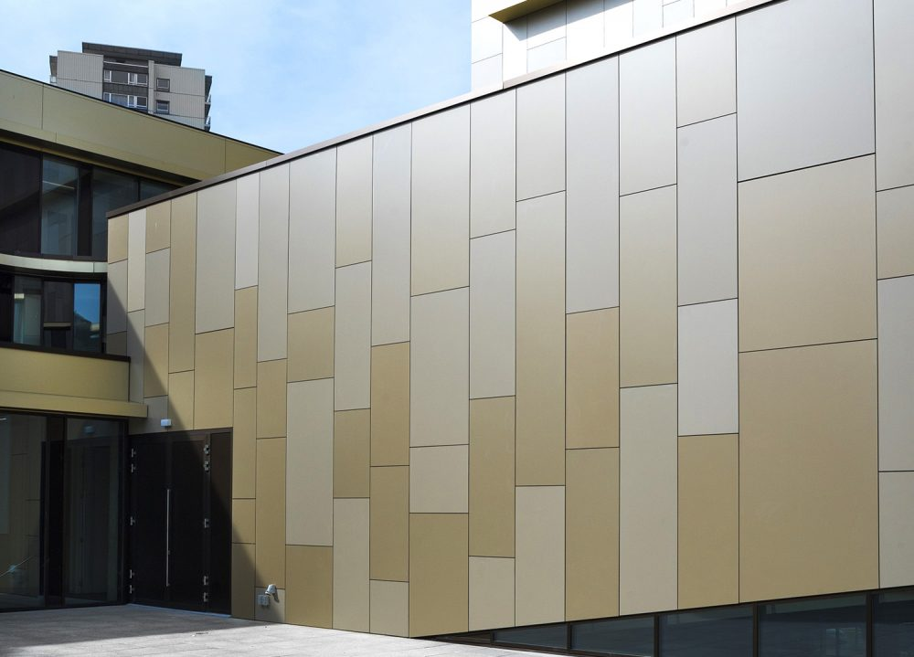 Façade bâtiment Trespa Meteon Metallics | Sonnier, Menuiserie, Panneaux, Bois | Isère (38), Drôme (26), Ardèche (07)