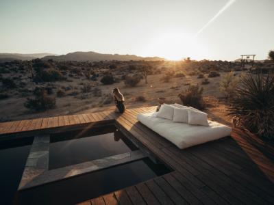 Terrasse vacances désert | Sonnier, Menuiserie, Panneaux, Bois | Isère (38), Drôme (26), Ardèche (07)
