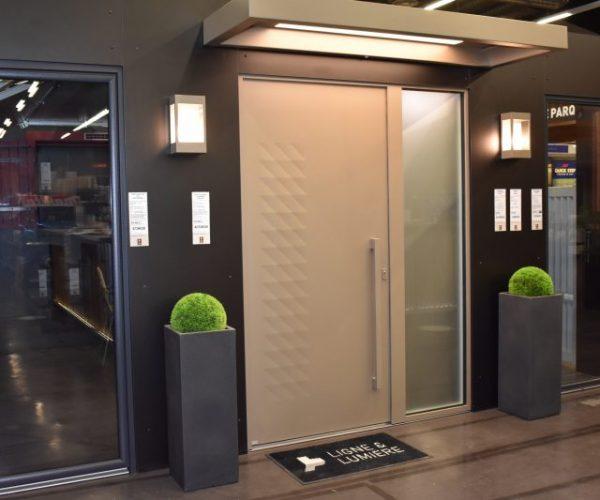 Porte d'entrée origami | Sonnier, Menuiserie, Panneaux, Bois | Isère (38), Drôme (26), Ardèche (07)